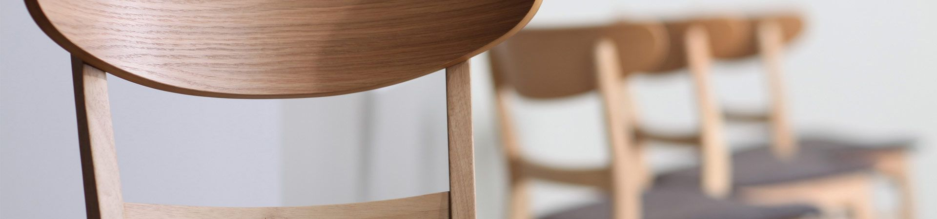 Dining_chairs_and_bar_stools