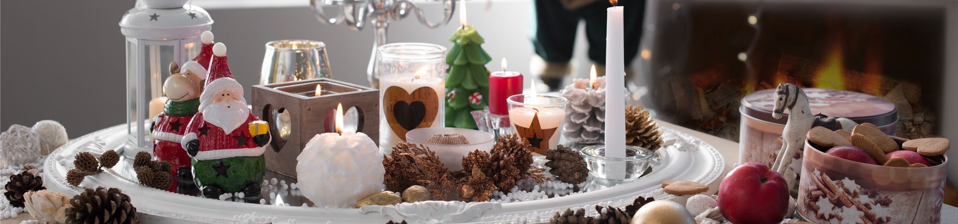 CHRISTMAS_CANDLES_AND_CANDLEHOLDERS